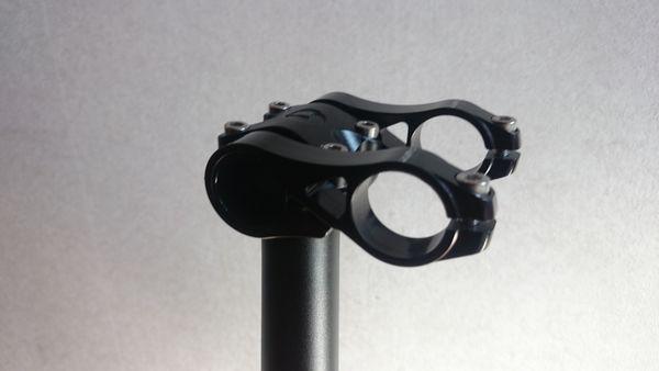 2013-dahon-archer-speed-18inch-alumifork-step-2-handlepositionchenger-2