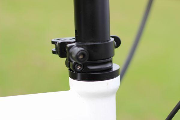 2013-dahon-archer-speed-18inch-khsf20r-handlepost-step-3-8